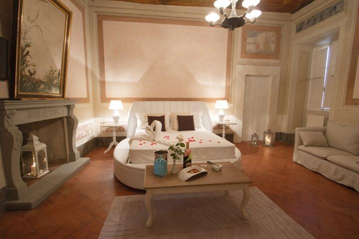 Super Camere a Cortona | Camere con idromassaggio e hammam a Cortona  XW75